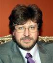 Фёдор Александрович Лукьянов — председатель президиума неправительственной организации «Совет по внешней и оборонной политике», член президиума некоммерческой организации «Российский совет по международным делам».
